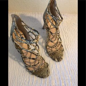 Aldo Womans snake print strap open heels size 10